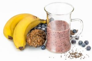 Fruit smoothie with prunes
